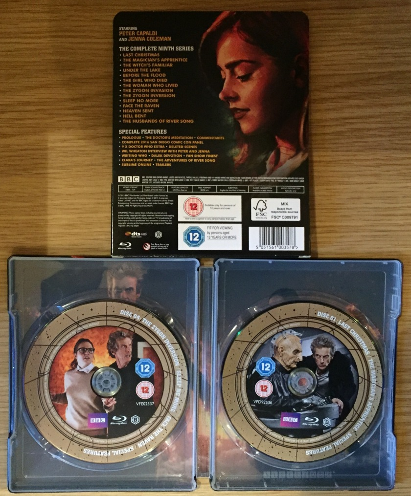 Doctor Who Series 9 Steelbook Blu-Ray - Cover showing episodes and extras, plus the discs inside